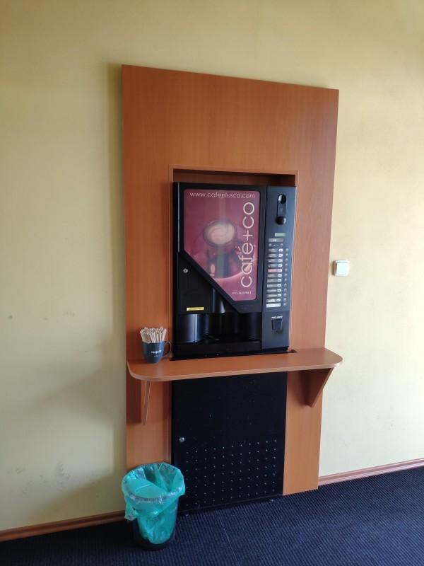 Toalety a automat na kávu 7 dní v týdnu